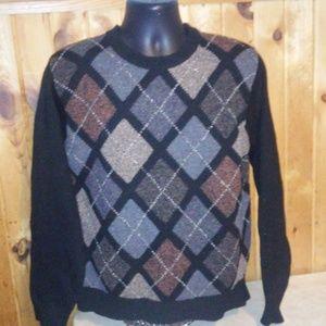 geoffrey beene men size M lambswool sweater  E0
